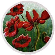 Endless Poppy Love Round Beach Towel