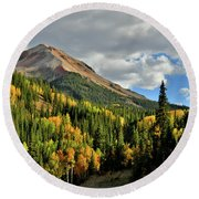 Fall Color Aspens Beneath Red Mountain Round Beach Towel