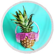 Fashionable Trendy Pineapple Fruit With Headphones And Sun Glass Round Beach Towel