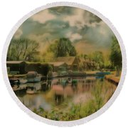 Round Beach Towel featuring the photograph Finding My Own Wey by Leigh Kemp
