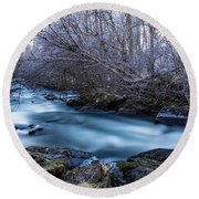 Frozen River Surrounded With Trees Round Beach Towel