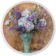 Garden Beauties Round Beach Towel