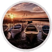 Round Beach Towel featuring the photograph Get In Line by Okan YILMAZ