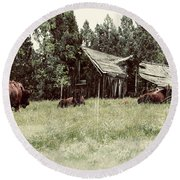 Ghosts Of The Plains Round Beach Towel