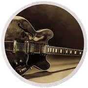 Gibson Guitar Images On Stage 1744.015 Round Beach Towel