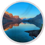 Glowing Mountain Peaks Of St Mary Glacier 2019 Round Beach Towel