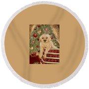 Golden Retriever On Christmas  Round Beach Towel