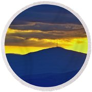 Grandmother Mountain Sunset Round Beach Towel