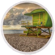Green Lifeguard Stand Round Beach Towel