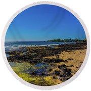 Hale Halawai Tide Pool Round Beach Towel