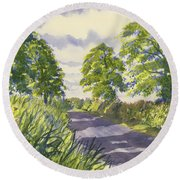 Hedgerows On Rudston Road Round Beach Towel
