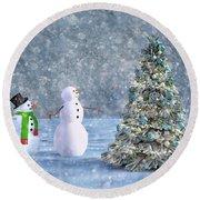 Holiday Christmas Tree Cheers Round Beach Towel