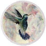 Hummingbird Flight Round Beach Towel