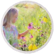 I Would Pick More Daisies ... Round Beach Towel