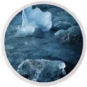 Ice Shells Round Beach Towel