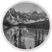 Just After Sunrise At Moraine Lake Black And White Round Beach Towel