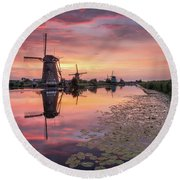 Kinderdijk Sunset Round Beach Towel
