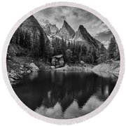Lake In The Alps Round Beach Towel