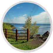 Lake Superior Overlook Round Beach Towel