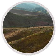 Late Evening View Of The Painted Hills Round Beach Towel