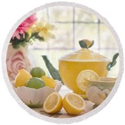 Lemon Tea  Round Beach Towel