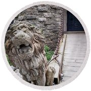 Lion At The Gate Round Beach Towel
