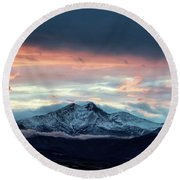 Longs Peak At Sunset Round Beach Towel
