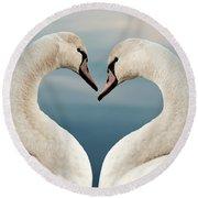 Love Swans Round Beach Towel