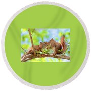Mama Red Kissing Baby Round Beach Towel