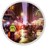 Manhattan Nye Round Beach Towel