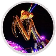 Round Beach Towel featuring the photograph Mantis by Skip Hunt