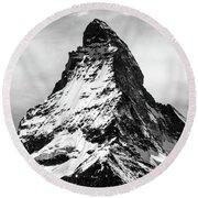 Matterhorn In Black And White Round Beach Towel