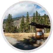 Mazama Barn Trail And Bench Round Beach Towel
