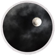 Moon In The Still Of The Night Round Beach Towel