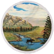 Moose In The Rut Round Beach Towel