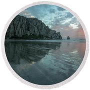 Morro Rock Sunset Round Beach Towel