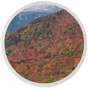 Mount Washington First Autumn Snow Round Beach Towel
