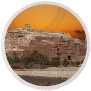 Mud Brick Buildings Of The Ait Ben Haddou Round Beach Towel