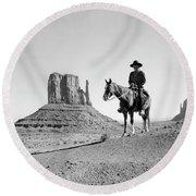 Navajo Indian In Cowboy Hat Round Beach Towel