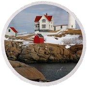 Nubble Light - Cape Neddick Lighthouse Seascape Landscape Rocky Coast Maine Round Beach Towel