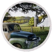 Old Farm Truck Round Beach Towel