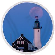 Old Scituate Light Round Beach Towel