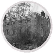 Old Stone House - Waterloo Village Round Beach Towel