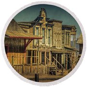 Old Western Town Round Beach Towel
