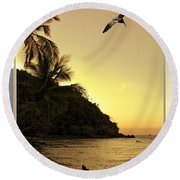 Pelican Sundown Round Beach Towel