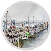 Piers To Be Cold Round Beach Towel