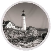Round Beach Towel featuring the photograph Portland Head Light Black And White by Dan Sproul