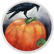 Pumpkin And Crow Round Beach Towel