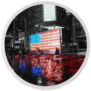 Rainy Days In Time Square  Round Beach Towel