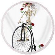 Rambling Rosy Penny Farthing Round Beach Towel